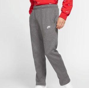 Nike sweatpants with pockets